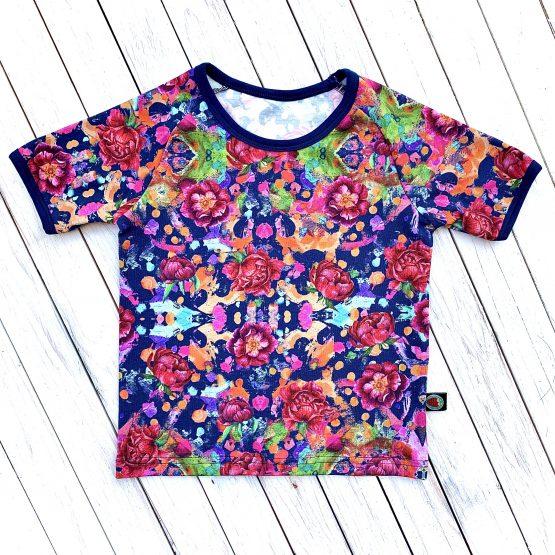 rövidujjú póló – rózsás ( kék alapon )