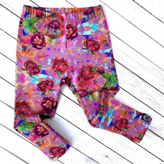 leggings – rózsás ( rózsaszín alapon )
